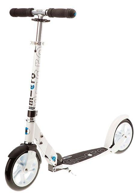 micro scooter mit flexiblem trittbrett und 200 mm rollen. Black Bedroom Furniture Sets. Home Design Ideas